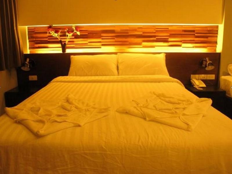 โรงแรมแอท วัน อิน หัวลำโพง