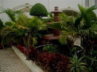 Champs Elysee Hotel III Phnom Penh - Garden