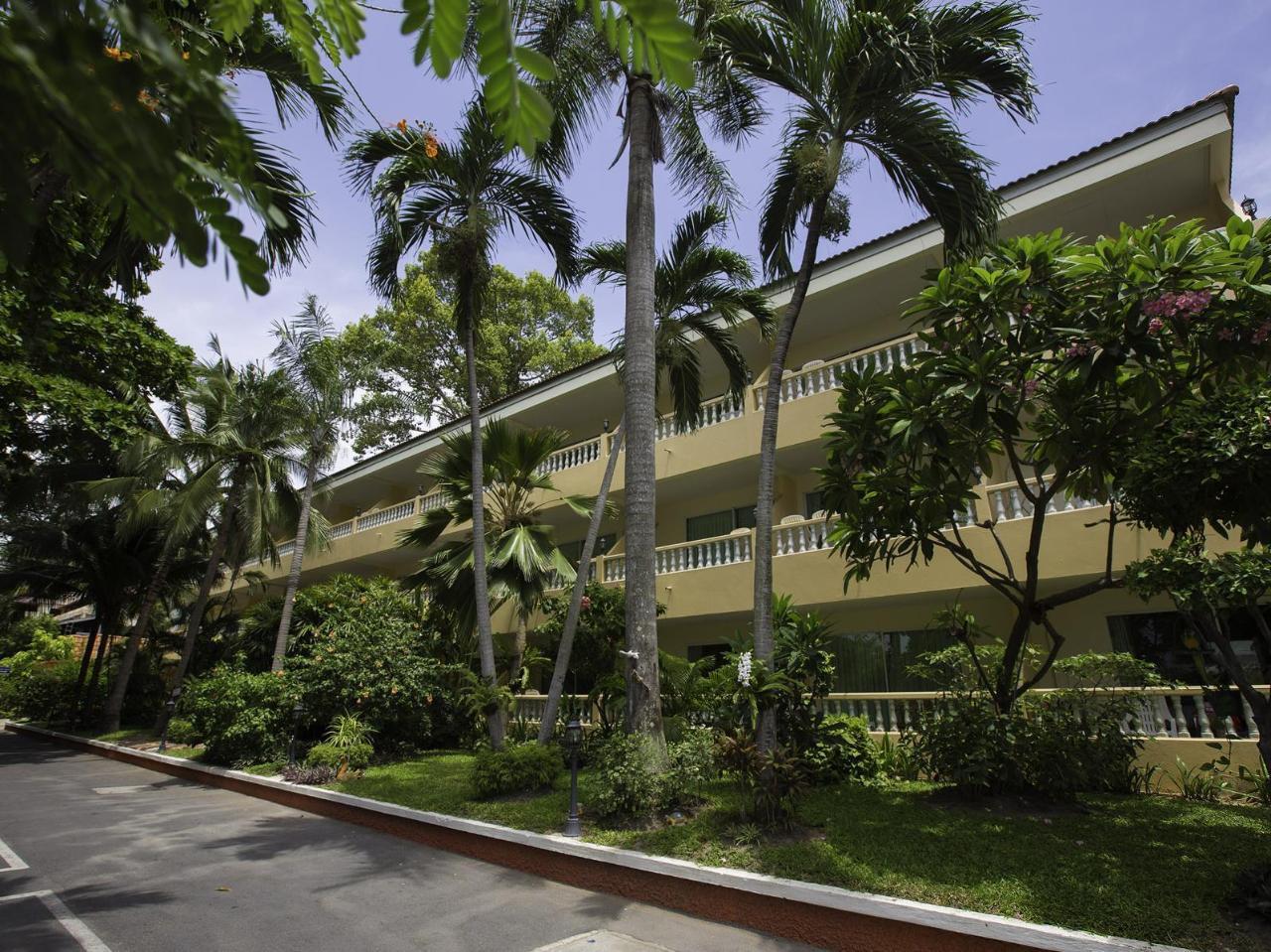 ทวิน ปาล์ม รีสอร์ท พัทยา (Twin Palms Resort Pattaya)
