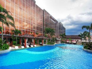Maxims Hotel Manila - Basen