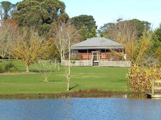 Sanctuary Park Cottages PayPal Hotel Yarra Valley