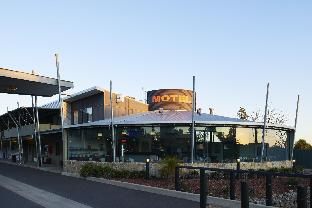 book Parkes hotels in New South Wales without creditcard