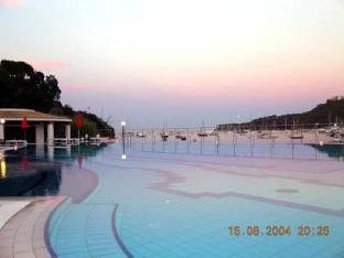 Hotel E Residence Cala Di Mola