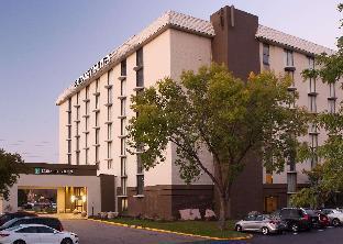 Embassy Suites by Hilton Bloomington Minneapolis
