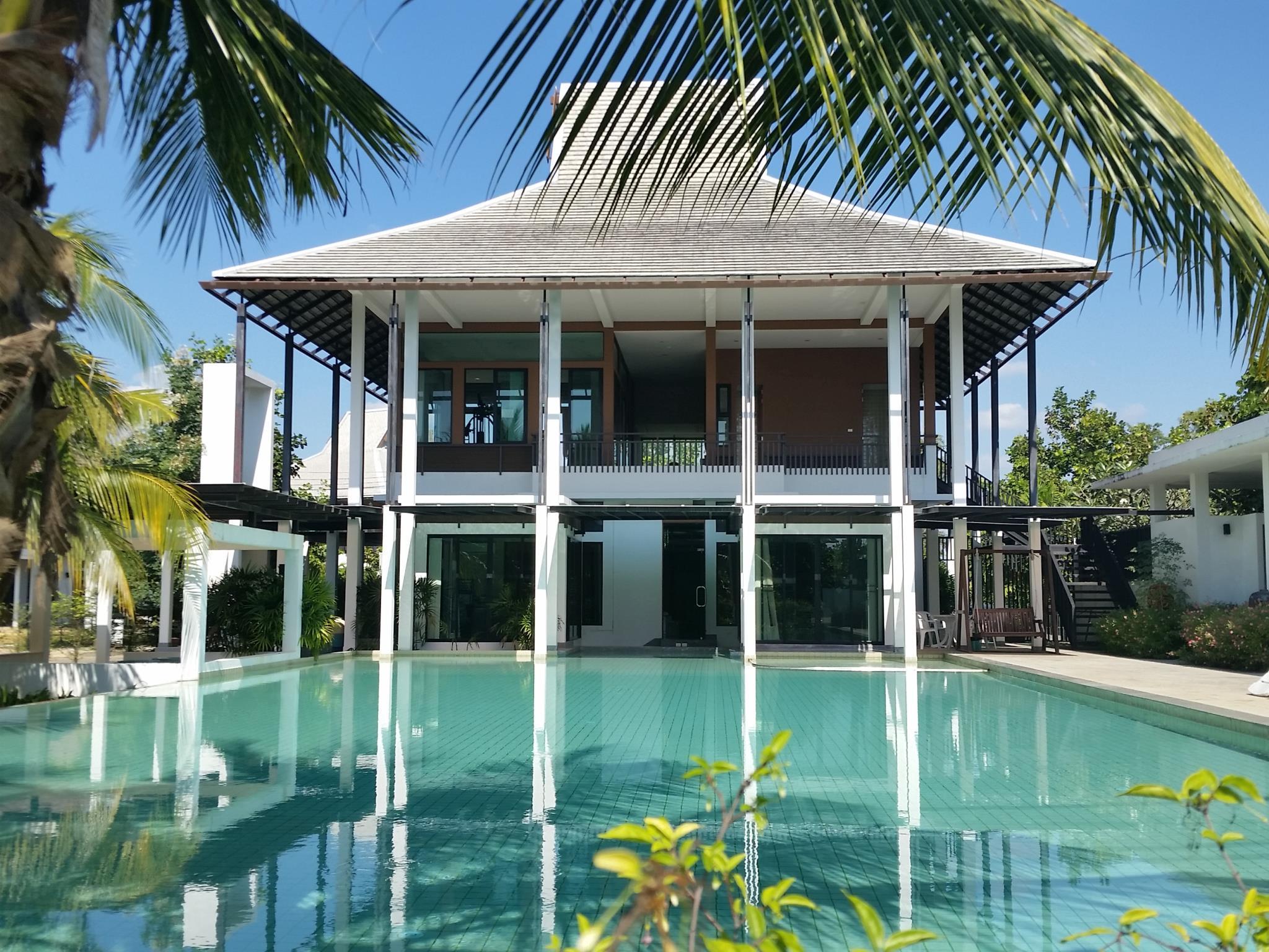 Lanna Montra Villa in Hang Dong