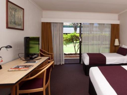 Chifley Alice Springs Resort hotel accepts paypal in Alice Springs