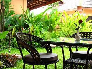 booking Chumphon Chalicha Resort hotel
