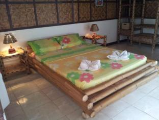 Villa Belza Resort Bohol - Queen room