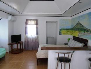 Phaidon Beach Resort Antique - Honeymoon Room