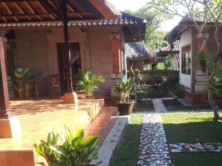 Nyoman Warta Accomodation Bali