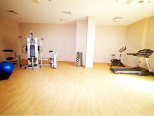 Al Bustan Tower Hotel Suites - Al Bustan Tower Hotel Suites Sharjah - Fitness Room