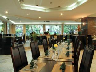 Danau Toba Hotel International Medan - Coffee Shop/Café