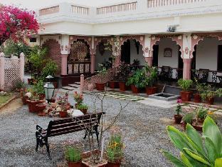 Badnor House - The Heritage Homestay Аджмер