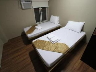 Salem Domestic Guesthouse Manila - Standard Twin with Common Bathroom