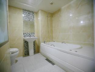 Hotel Rainbow Seoul - Bathroom