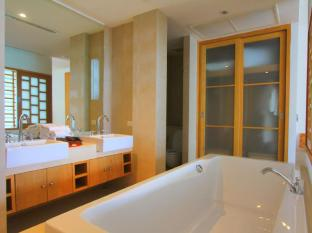 IndoChine Resort & Villas Phuket - Family Suite - Bathroom