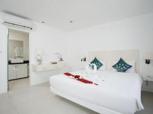 Grand Sunset Hotel Phuket - Hotellihuone
