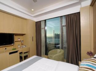 Causeway Corner Hong Kong - Deluxe Harbour View Double Bed