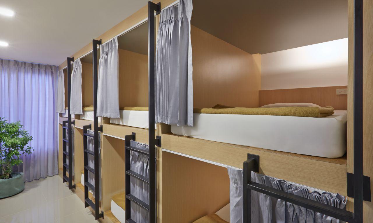 โรงแรม 18 คอย คาเฟ่ แอนด์ โฮสเทล (18 Coins Cafe & Hostel)