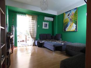 Art Apartment,Athens ,60 meters from Metro station