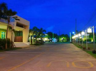 ラワディー ホテル Ravadee Hotel