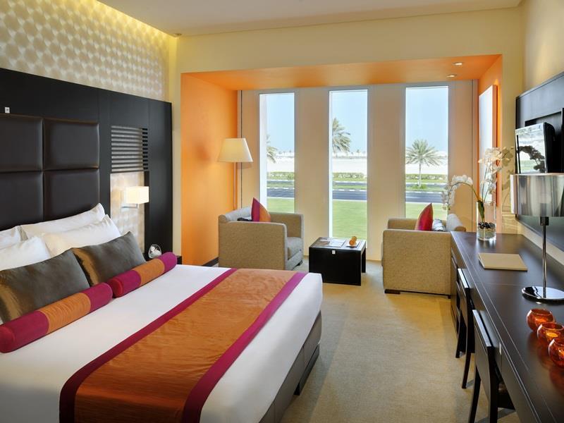 Hues Boutique Hotel – Dubai 1