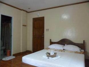 Jessar Apartelle Tagaytay - Guest Room
