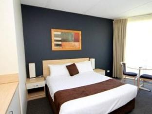 Golden Chain Hotel in ➦ Mildura ➦ accepts PayPal