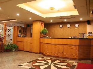チェア マン ホテル1