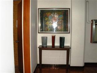 Mira de Polaris Hotel Laoag - Hotellet indefra