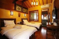 YUNQI INN  2 Bed Private Studio JINGHUA, Lijiang