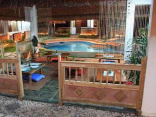 Chiisai Natsu Resort Bohol - A szálloda belülről