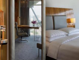 Hyatt Capital Gate Abu Dhabi Hotel guestroom junior suite