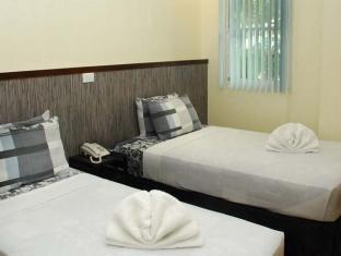 Panda Tea Garden Suites Tagbilaran City - Twin Room