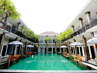 Asoka City Bali Hotel Bali - Swimmingpool