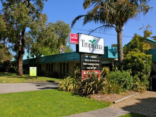Tropicana Motor Inn Phillip Island takes PayPal