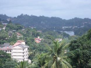 Majestic Tourist Hotel Kandy - Sightseeing