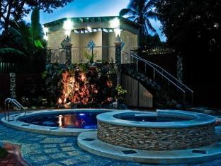 Philippines Hotel | Swimming Pool