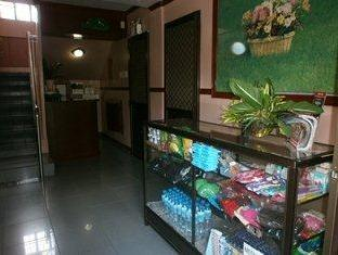 Philippines Hotel Accommodation Cheap | 5R Rooms for Rent Tagaytay - Mini Shop