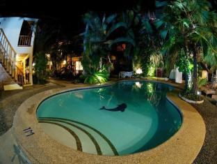 Alona Vida Beach Resort Panglao Island - Uszoda