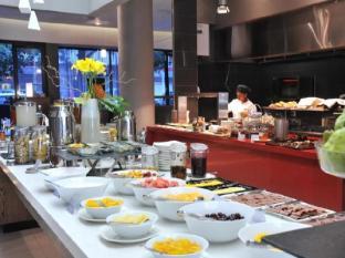 Park Inn by Radisson Foreshore, Cape Town Cape Town - Breakfast Buffet