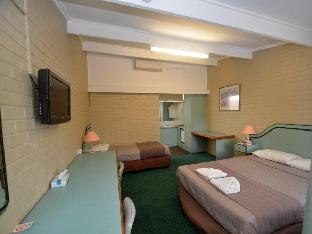 Best PayPal Hotel in ➦ Parkes: Station Motel Parkes