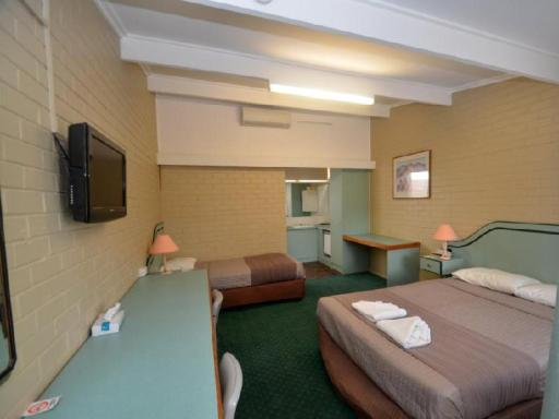 Parkview Motor Inn hotel accepts paypal in Parkes