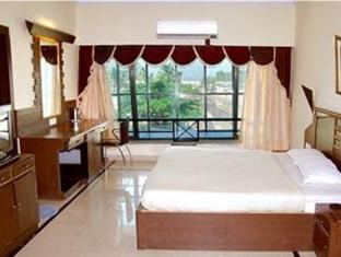Silver Sands Beach Resort South Goa - Suite Room