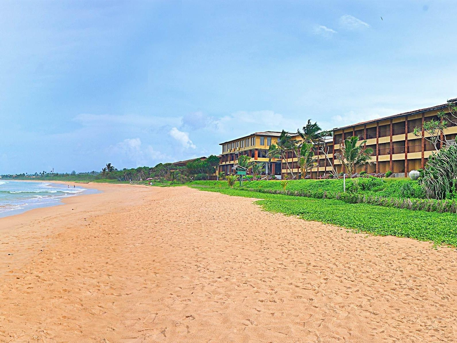 The Long Beach Resort Unawatuna