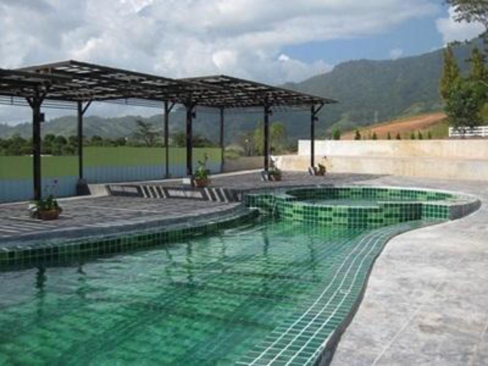 Breeze Hill Resort