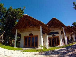 Kingfisher Sand Sea Surf Resort Pagudpud - Camera