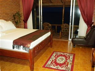 Long Villa Inn Kep - Suite Room