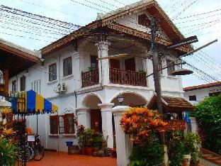 รูปแบบ/รูปภาพ:Rattana Guesthouse