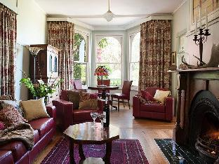 Woolrich Historic Garden Accommodation PayPal Hotel Mount Dandenong Ranges